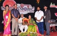 ಸಾಂಸ್ಕೃತಿಕ ಸಂಭ್ರಮ, ಪ್ರಶಸ್ತಿ ಪುರಸ್ಕಾರಗಳೊಂದಿಗೆ 'ಕುಸುಮಾಂಜಲಿ-2017' ಸಮಾಪನ