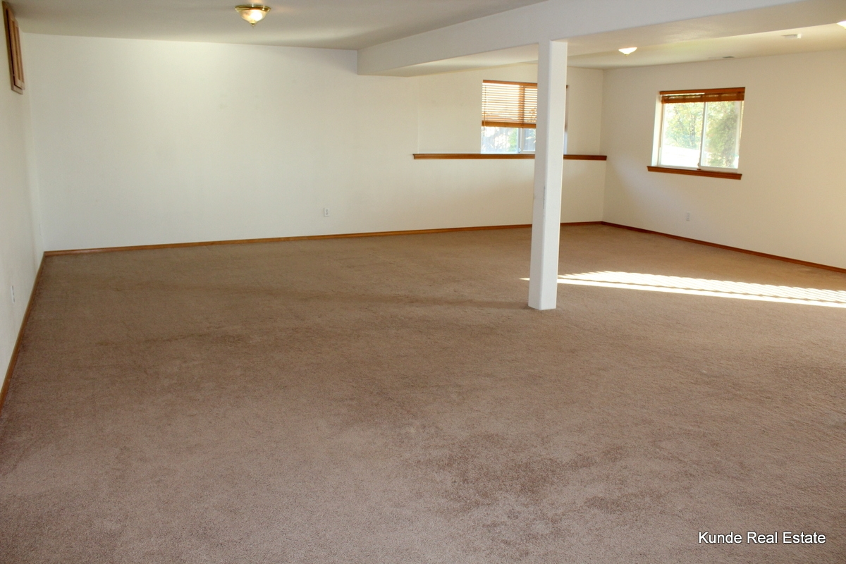 SOLD 5 Bedroom S Richland Rambler With Daylight Basement