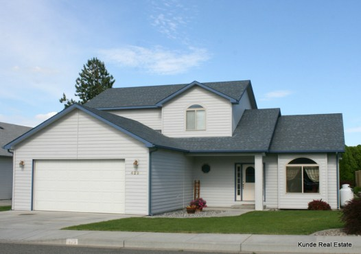 429 S Arthur Place, Kennewick, WA
