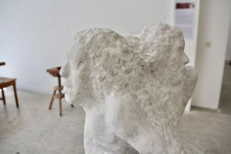 Detailaufnahme der Skulptur Raserei von Ralf Ehmann