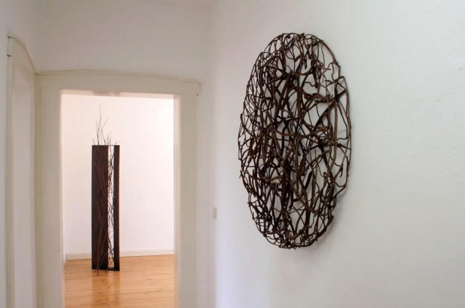Manuela Tirler, Weed Disc I, 2018. Foto: Galerie Ruppert.