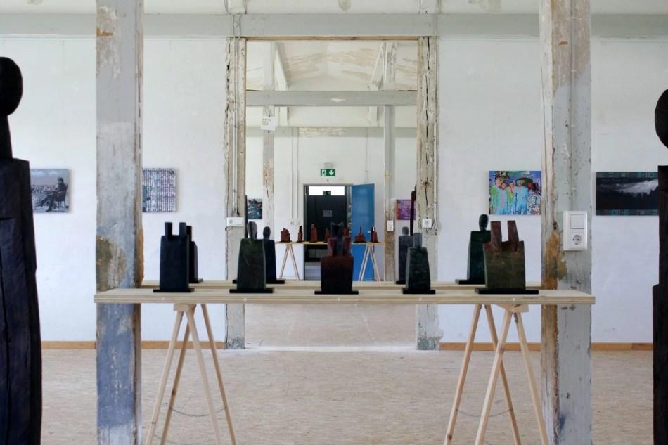 Ausstellungsansicht im BT24 Münsingen, 2021. Foto: Julia Berghoff.