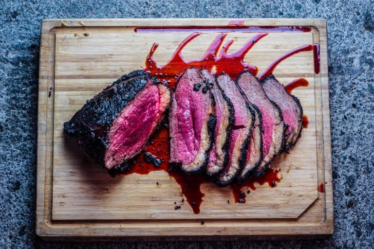 Smoky Charcoal-grilled Beef Rump