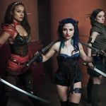 Lauren alongside the Babes with Blades Warrioress-Cecily Fay (centre)