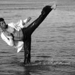 Ocean-fu! High side kick