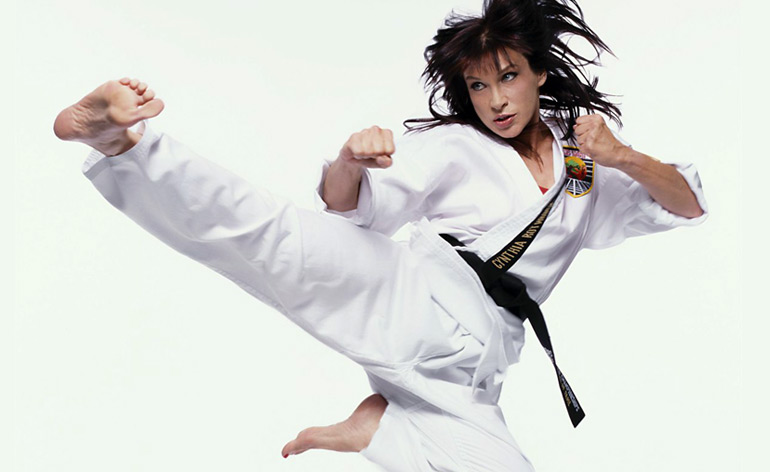 Cynthia Rothrock teaches self-defence