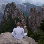 Shifu Yan Lei -mountain meditation