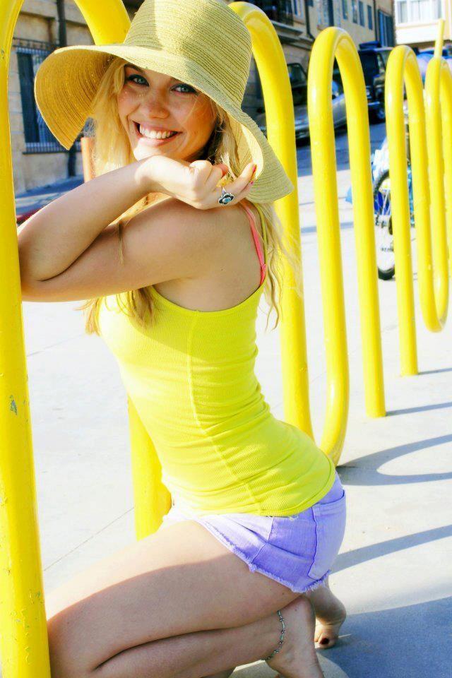 Amy-modelling-3.jpg?fit=683,1024