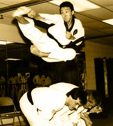 Adding altitude to a flying side kick