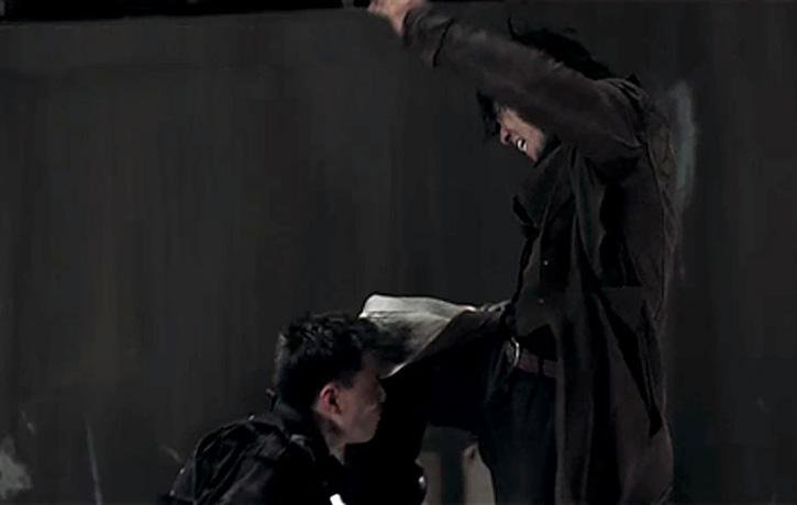 A flying knee strike from Wu Lin