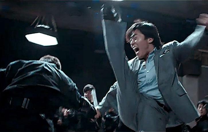 Wu Lin drops an axe kick on his foe