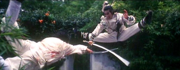 Sun Jian-Kui demonstrates his agility