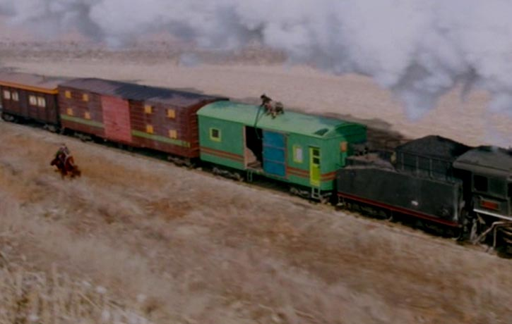 4 set pieces all take place on fast moving locomotives