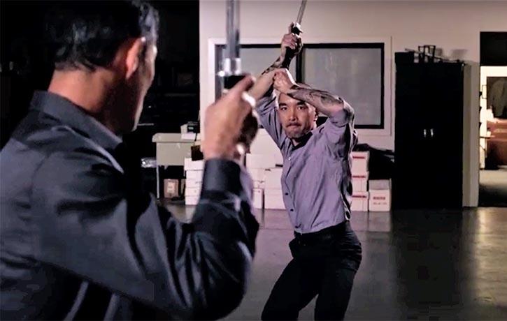 Jino prepares for sword-fu