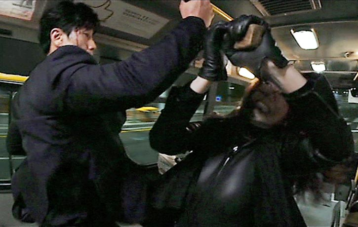 Sook-hee goes mental on her opponent