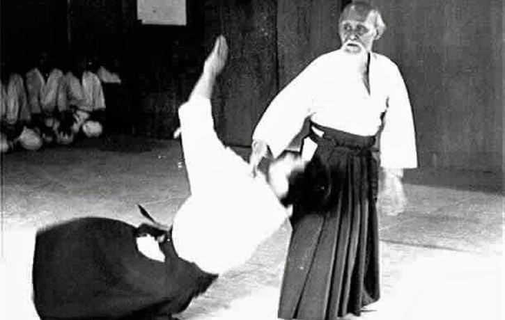Ueshiba executing an Irime technique