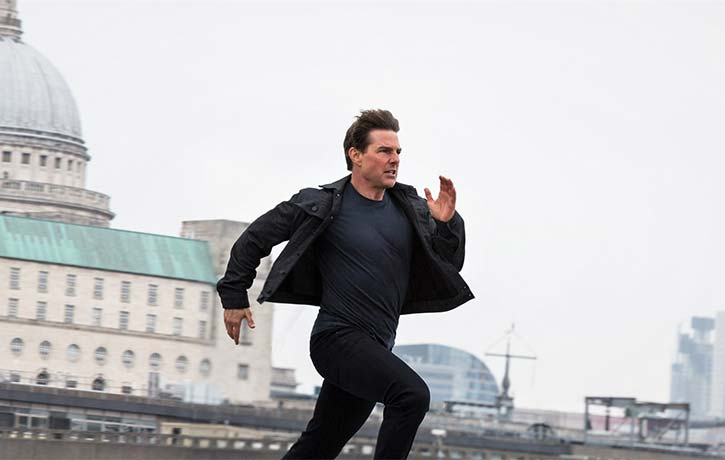 In Cruise control - Tom sprinting like a track star!
