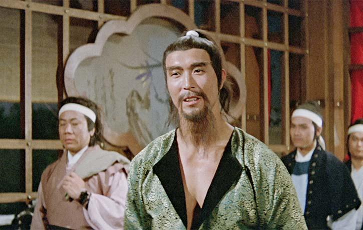 Lee Hoi Sang appears as the villain Pak Chung Tong