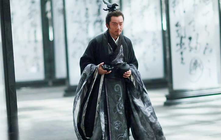 Ryan Zheng Kai stars as the unpredictable King Peiliang