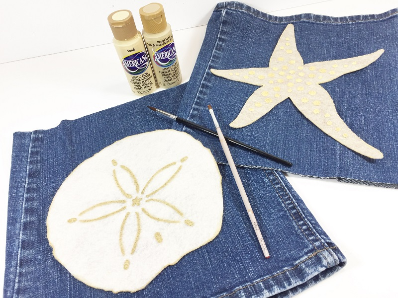 04-17 HOW TO MAKE STARFISH AND SAND DOLLAR DENIM PILLOWS BETH WATSON 5