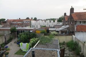 Uitzicht bovenverdieping van huis in Valetijnstraat Tilburg