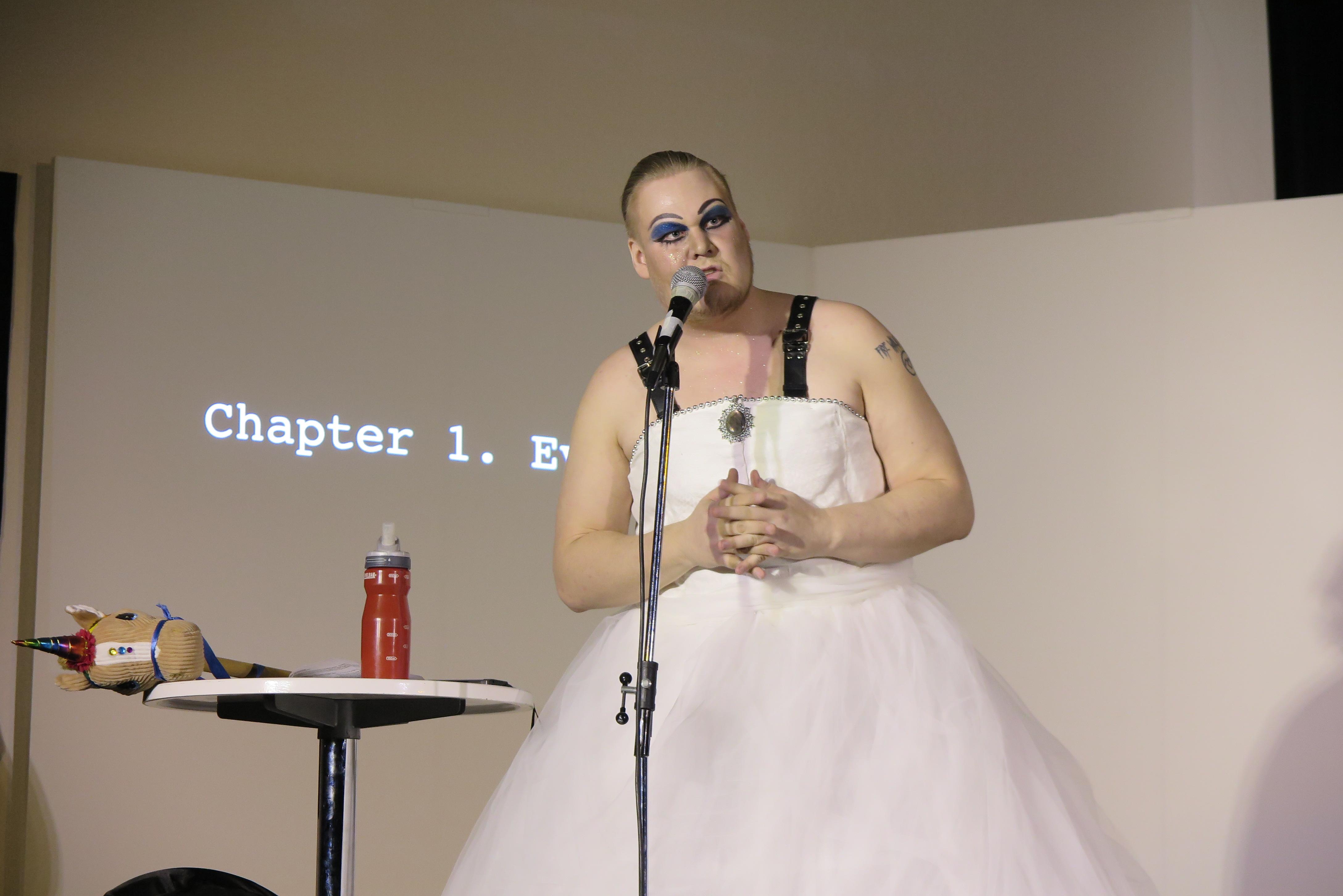 A Slutty Bisexual - Vili von Nissinen (FI) (Performance)