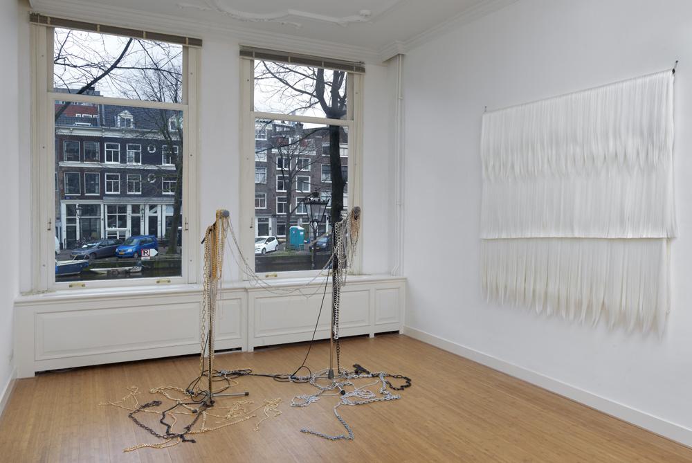 pauline Boudry   Renate Lorentz; galerie: Ellen de Bruyne Projects