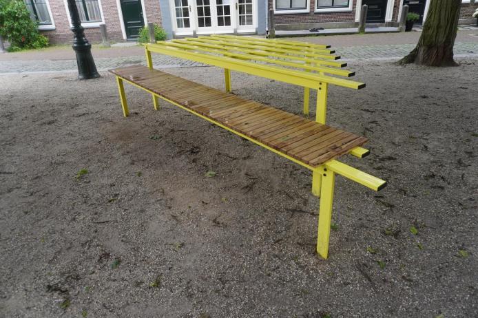 Riet Wijnen - Furniture - Sixteen conversations