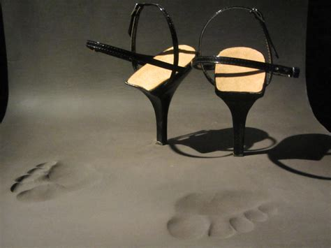 Jurgi Persoons - Footprint Momu