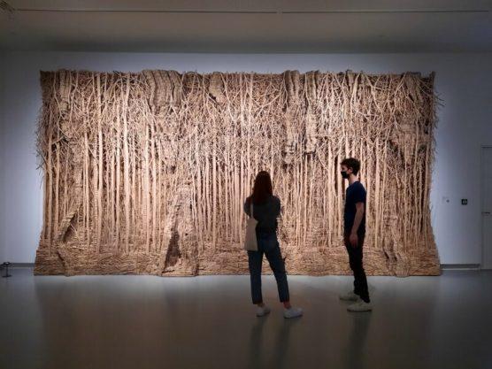 Eva Jospin, Fôret Palatine (2019-2020) Wandwoud: overzicht (540 x 680 x 40 cm)