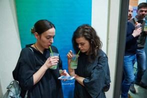 Besucherinnen bei der Eröffnung, Foto: Markus Faber