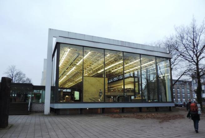 Lehmbruck-Museum_Duisburg_Foto_by_Ivo_Franz