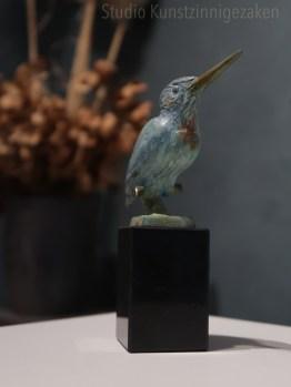 Bronzen ijsvogel beeldje in brons