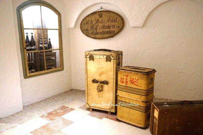 posthotel-koffer