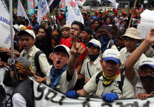 【デモ?!】 東南アジアのエネルギー