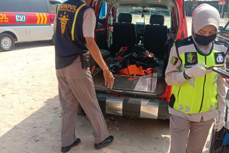 Mayat Mengapung Di Perairan Pantai Pok Tunggal
