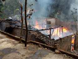 Rumah Warga Banyusoca Ludes Terbakar,  Kerugian Ratusan Juta Lebih