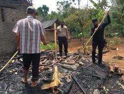 Masak Air Lupa Ditinggal Bekerja,  Dapur Sudarno Ludes Terbakar