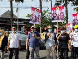 Sutrisna Wibawa Dan PKS Kampanye Ceria Flashmob Di Bundaran Siyono
