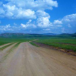 遊牧民行き交う土地「モンゴル国」