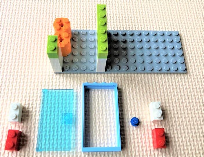 レゴ10715 ドアの作り方
