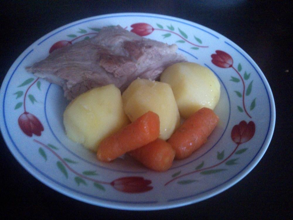 Jednogarnkowe wiejskie danie dla mięsożerców - szybkie, tanie i dziecinnie proste (2/5)