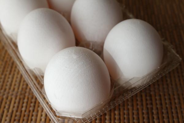 ゆで卵カラにヒビ