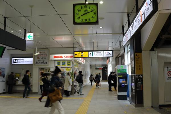 茅ヶ崎駅改札正面