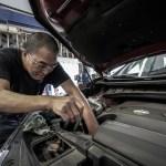 【画像で意外と簡単】エンジンオイルの交換やり方は単純作業!技術なんて必要ない!(普通車、軽)