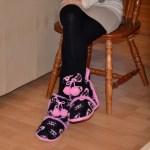 タイツの女性の足