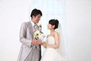 結婚 花婿と花嫁