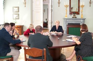 Przed wizytą w Polsce prezydent Dalia Grybauskaitė spotkała się w Wilnie z przedstawicielami polskich mediów na Litwie, żeby odpowiedzieć na pytania nurtujące polską społeczność na Litwie Fot. Marian Paluszkiewicz