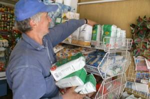 We wrześniu podniesiony VAT zmusi niejednego klienta sięgnąć po tańszy produkt Fot. Marian Paluszkiewicz
