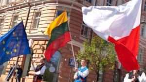 Zdaniem zagranicznych obserwatorów, napięcie w relacjach polsko-litewskich uniemożliwia porozumienie się bez pośredników niezależnych. Fot. Marian Paluszkiewicz